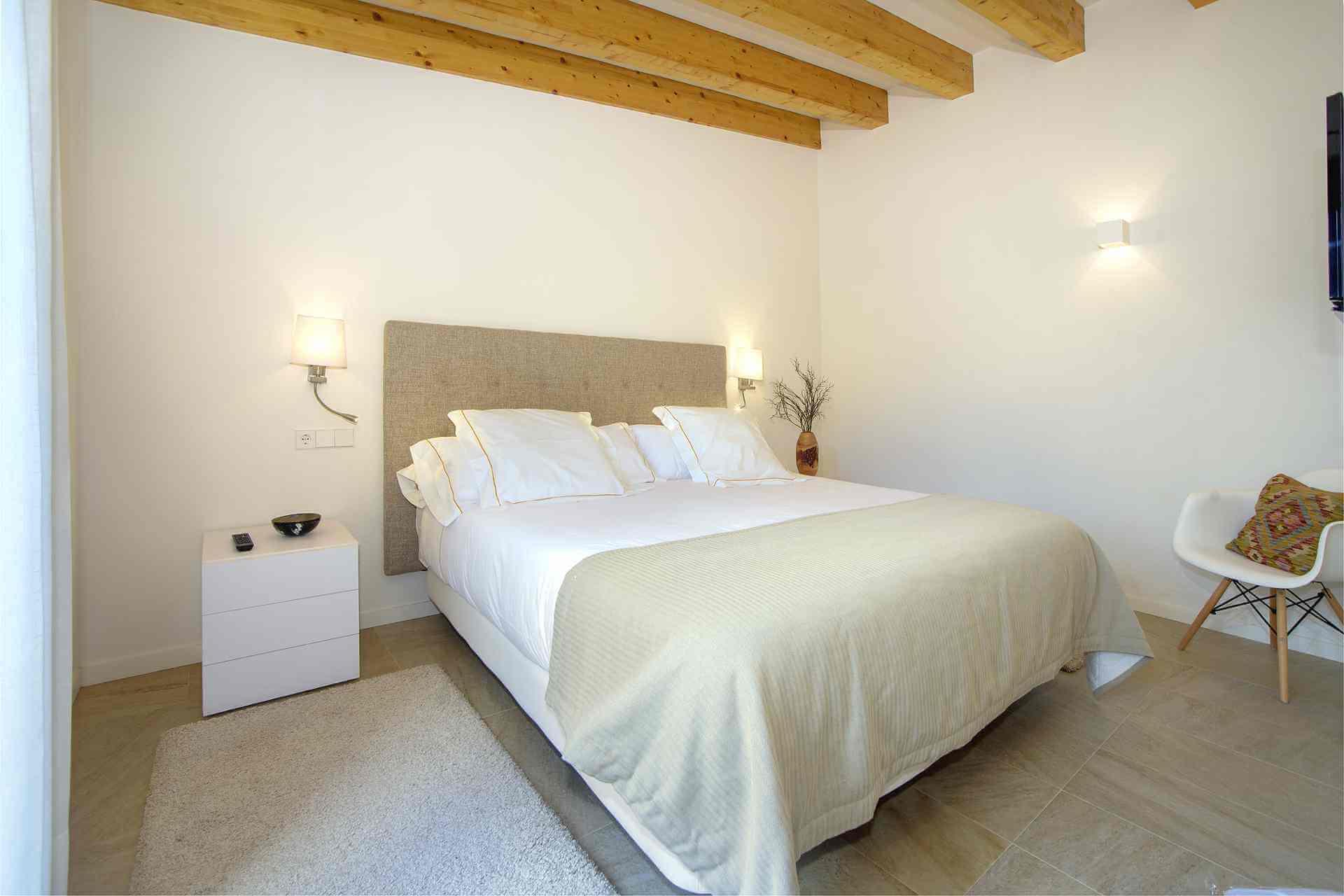 01-339 modern small Finca Mallorca west Bild 12