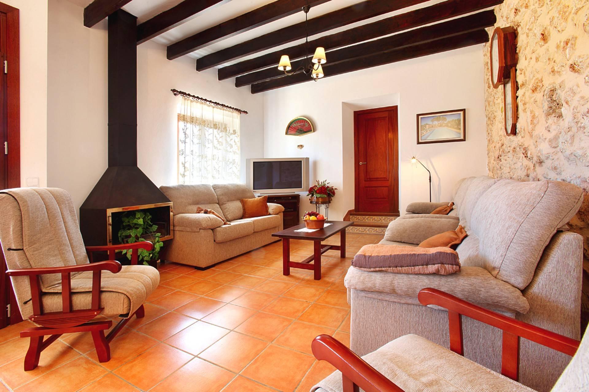 01-142 Rustic farmhouse Mallorca east Bild 11