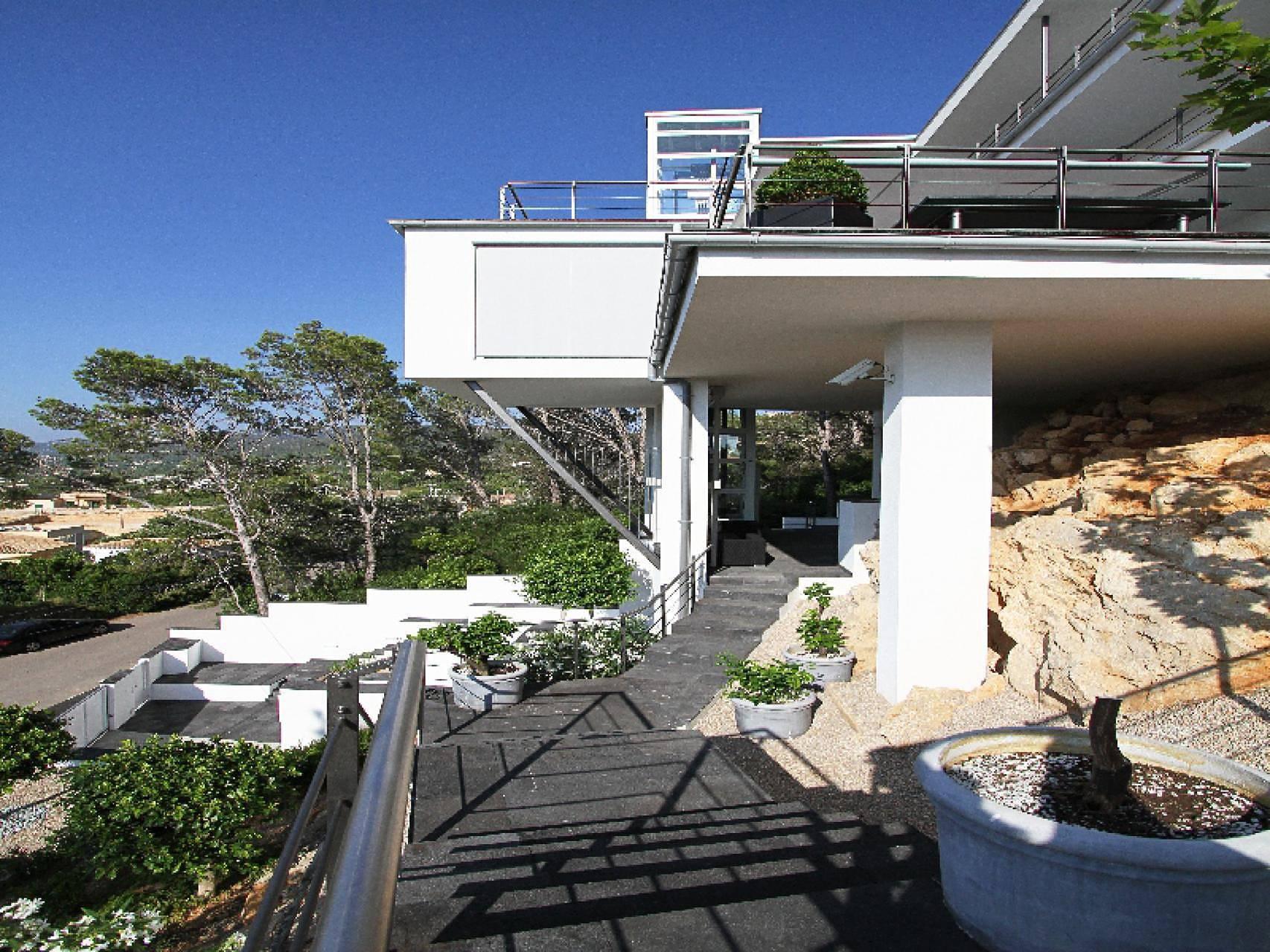 01-04 Bauhaus Villa Mallorca Südwesten Bild 12
