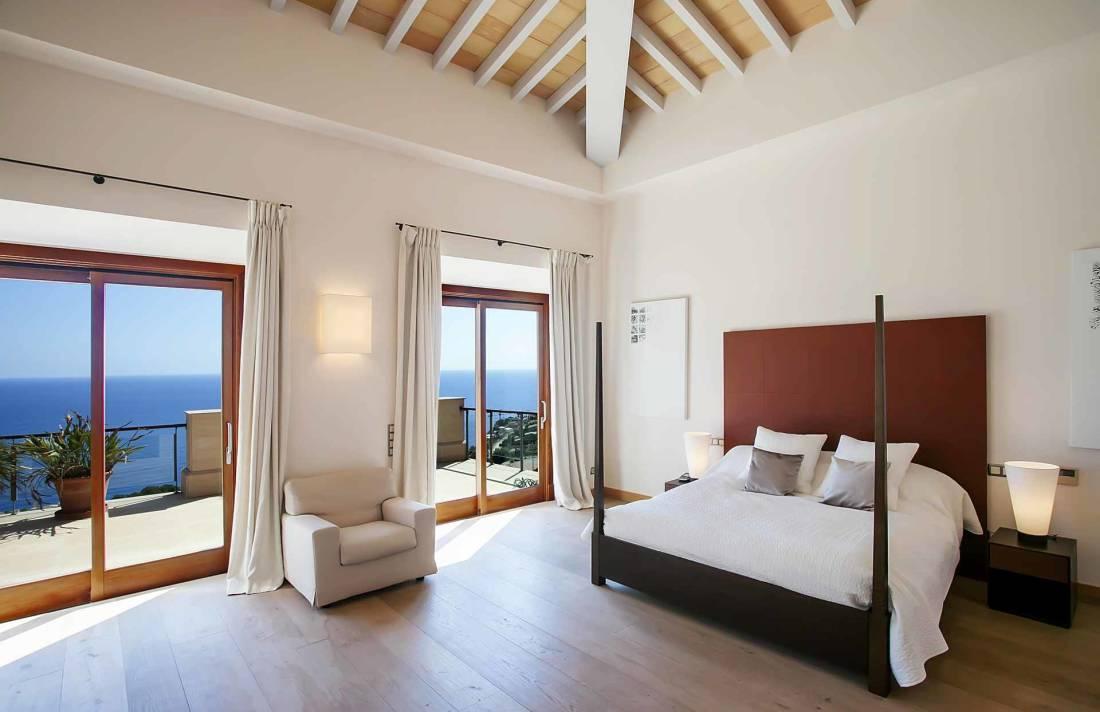 01-268 modern luxury Villa Mallorca southwest Bild 13