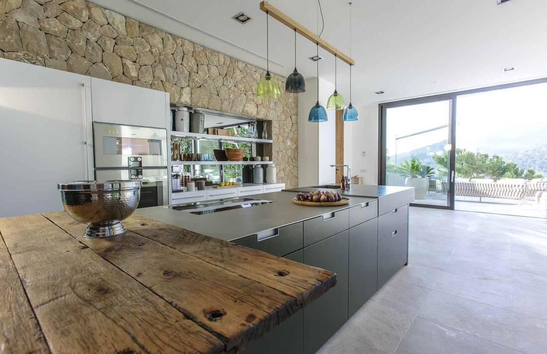 01-353 Villa with indoor pool Mallorca Southwest Bild 13