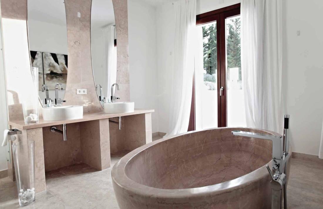 01-326 Design Villa Golf Course Northeast Mallorca Bild 13
