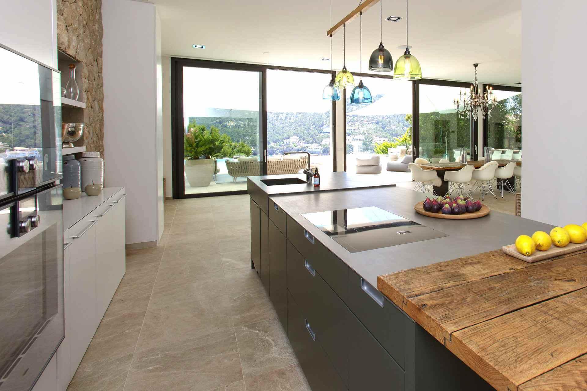 01-353 Villa mit Indoorpool Mallorca Südwesten Bild 14
