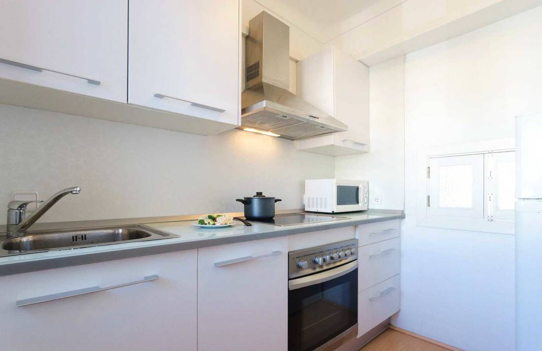 01-292 beachfront apartment Alcudia north Bild 15