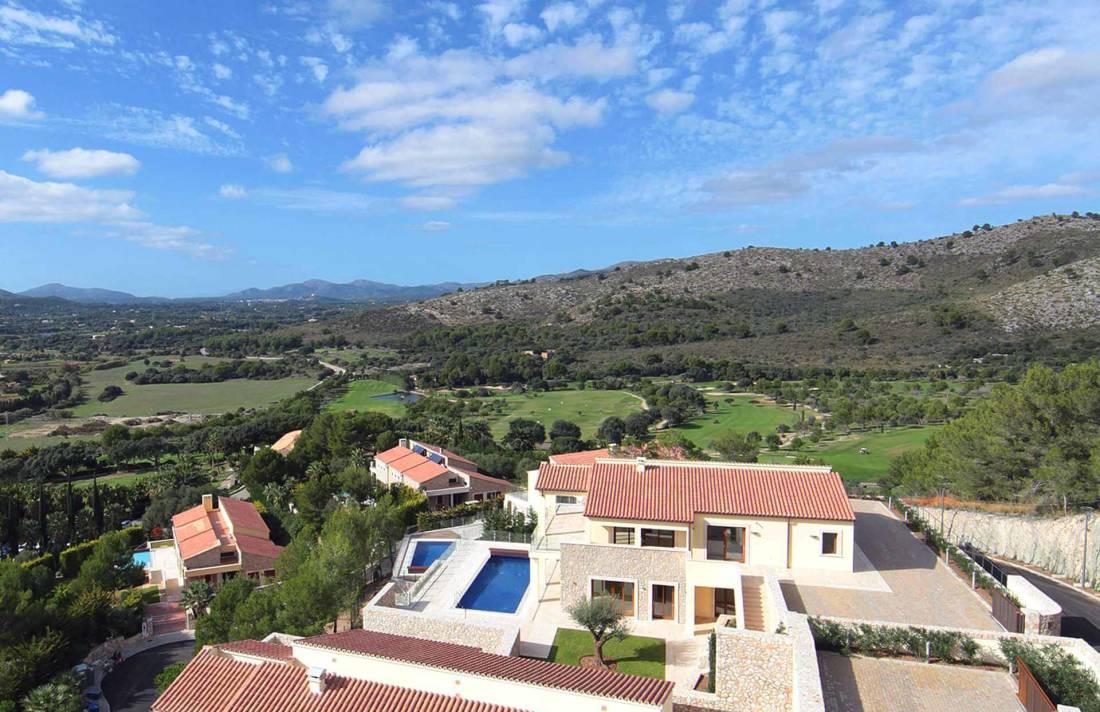 01-328 Villa mit Ausblick Nordosten Mallorca Bild 15