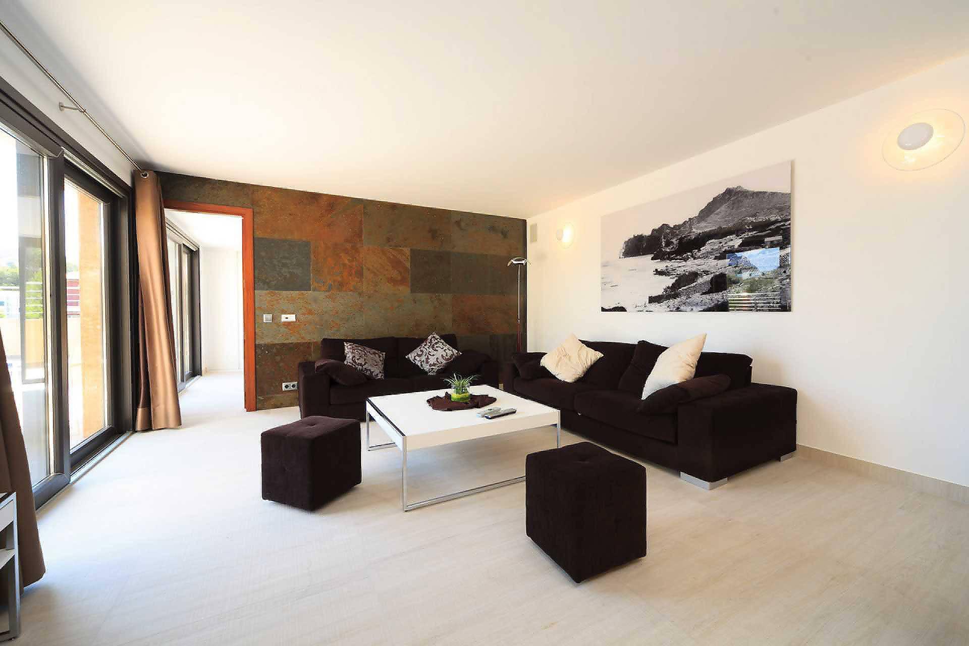 01-35 Villa Mallorca Norden mit Pool Bild 16