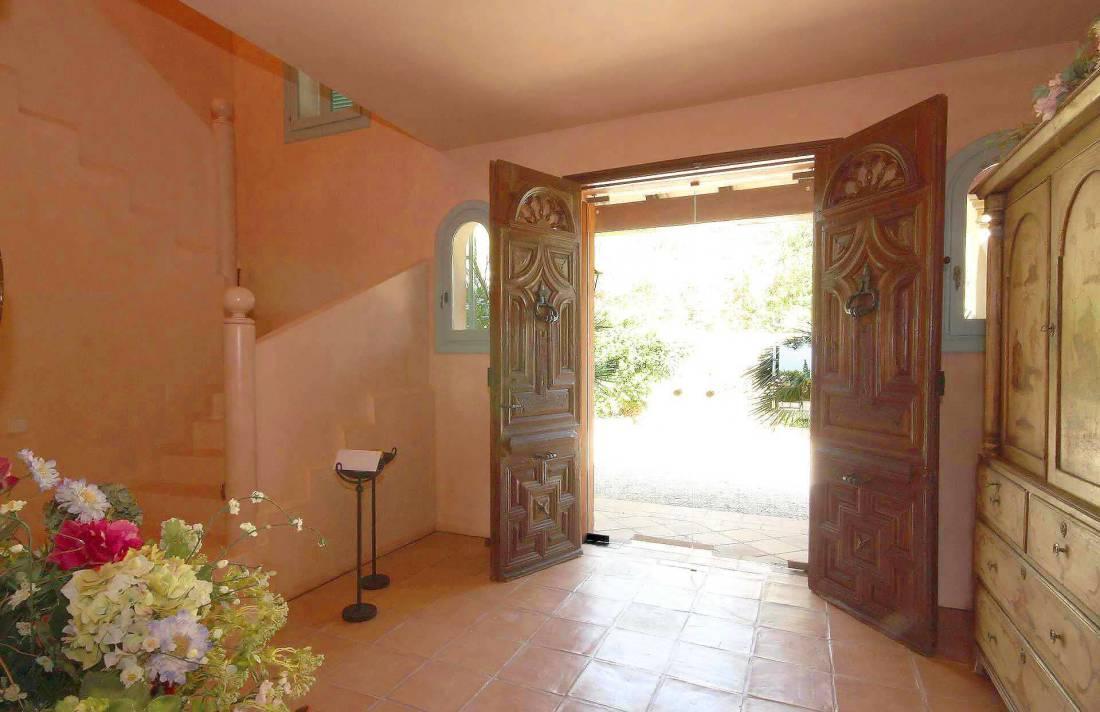 01-98 Extravagantes Ferienhaus Mallorca Osten Bild 16