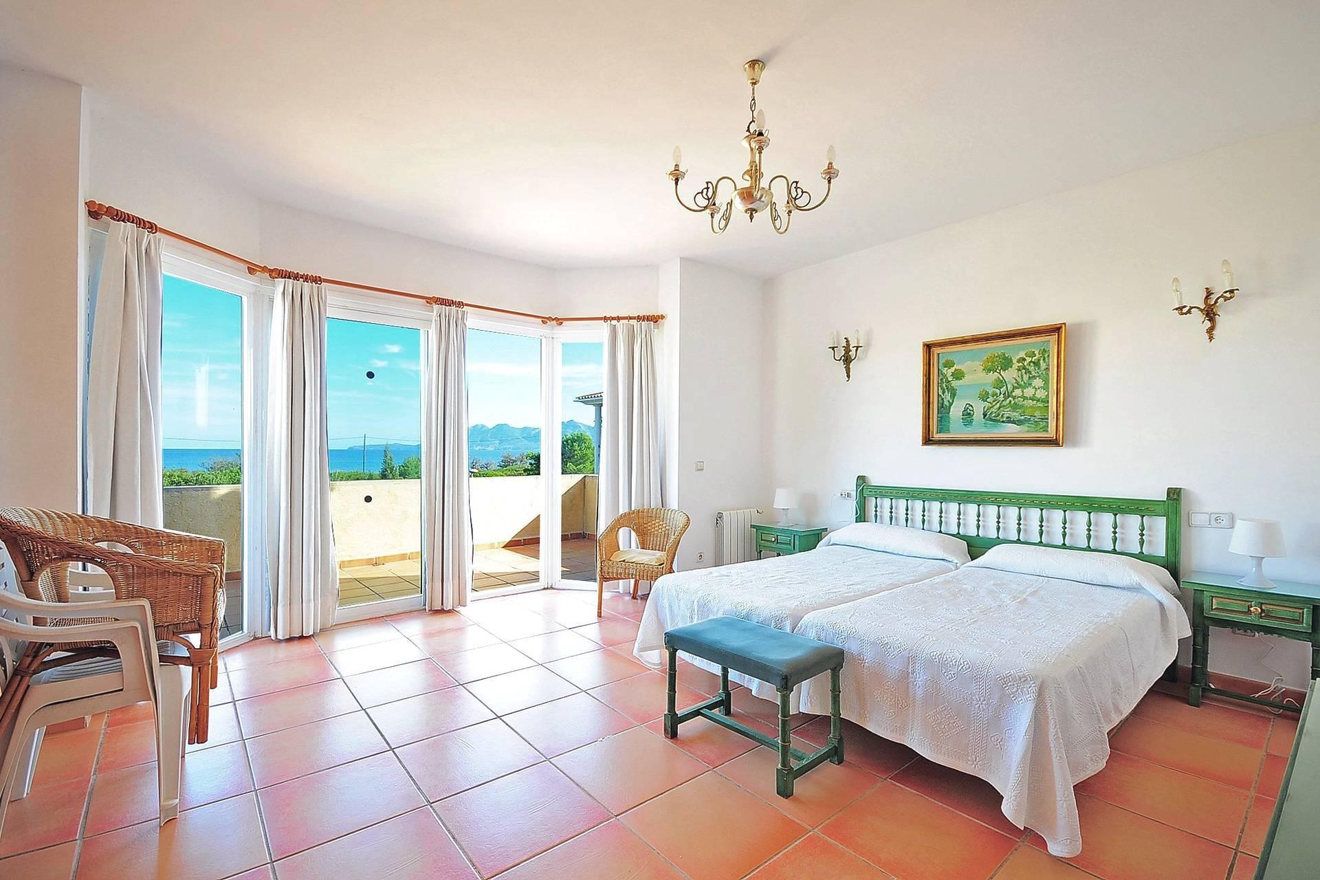 01-233 Ferienhaus am Strand Mallorca Norden Bild 15