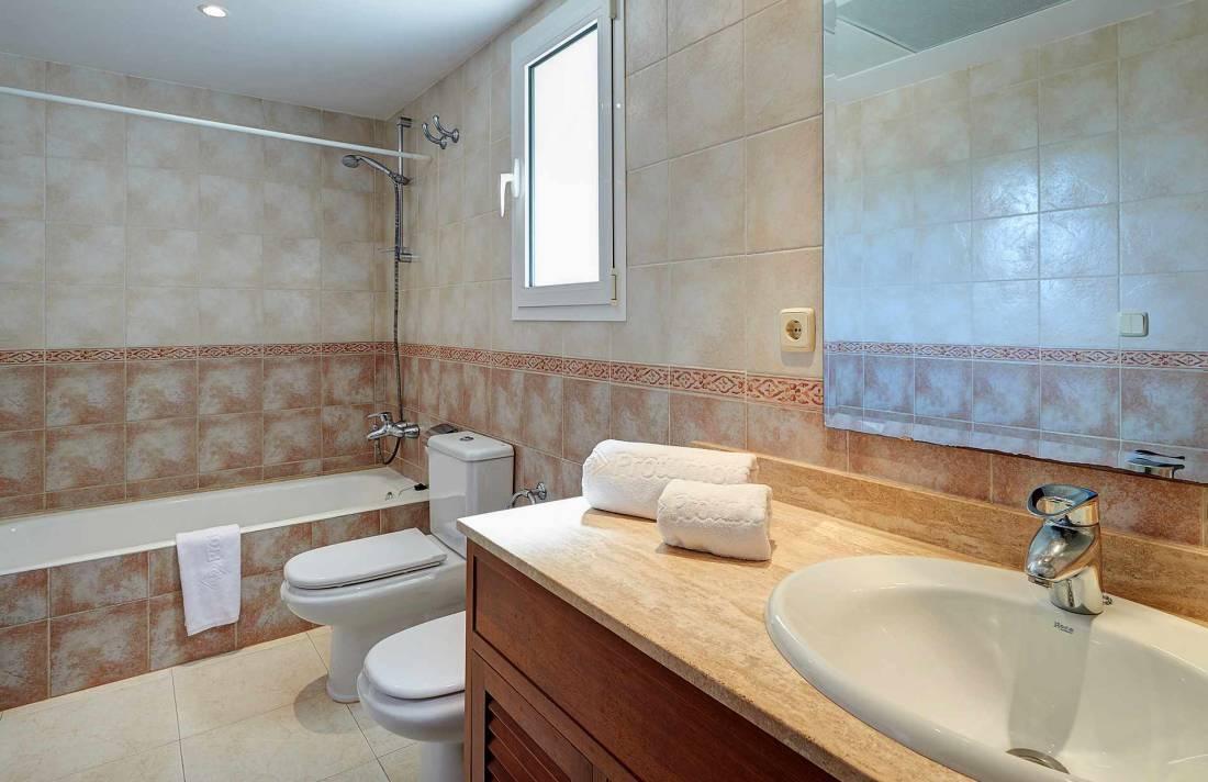 01-49 luxuriöses Chalet Nordosten Mallorca Bild 17