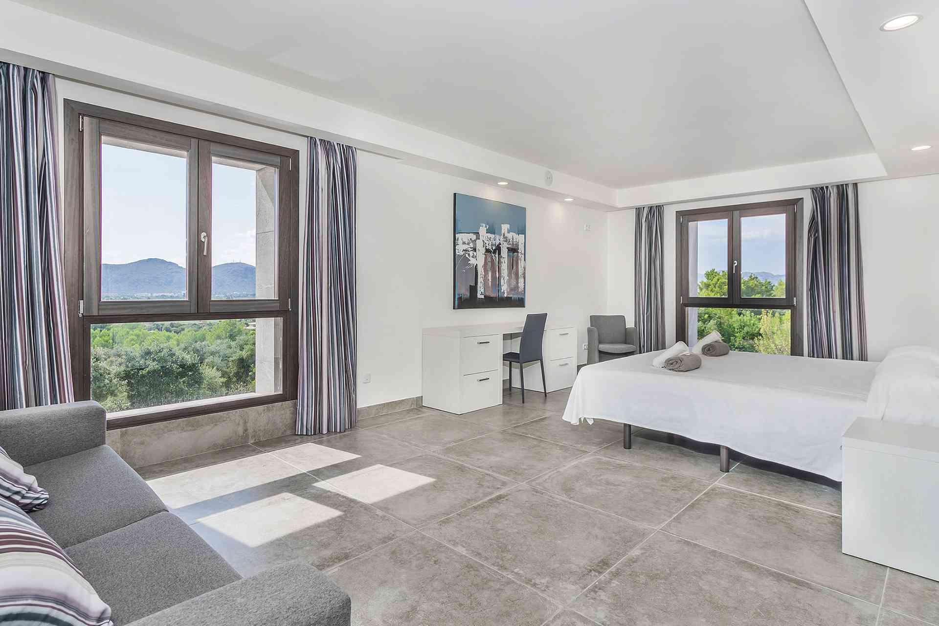 01-155 exklusive Luxus Villa Norden Mallorca Bild 17