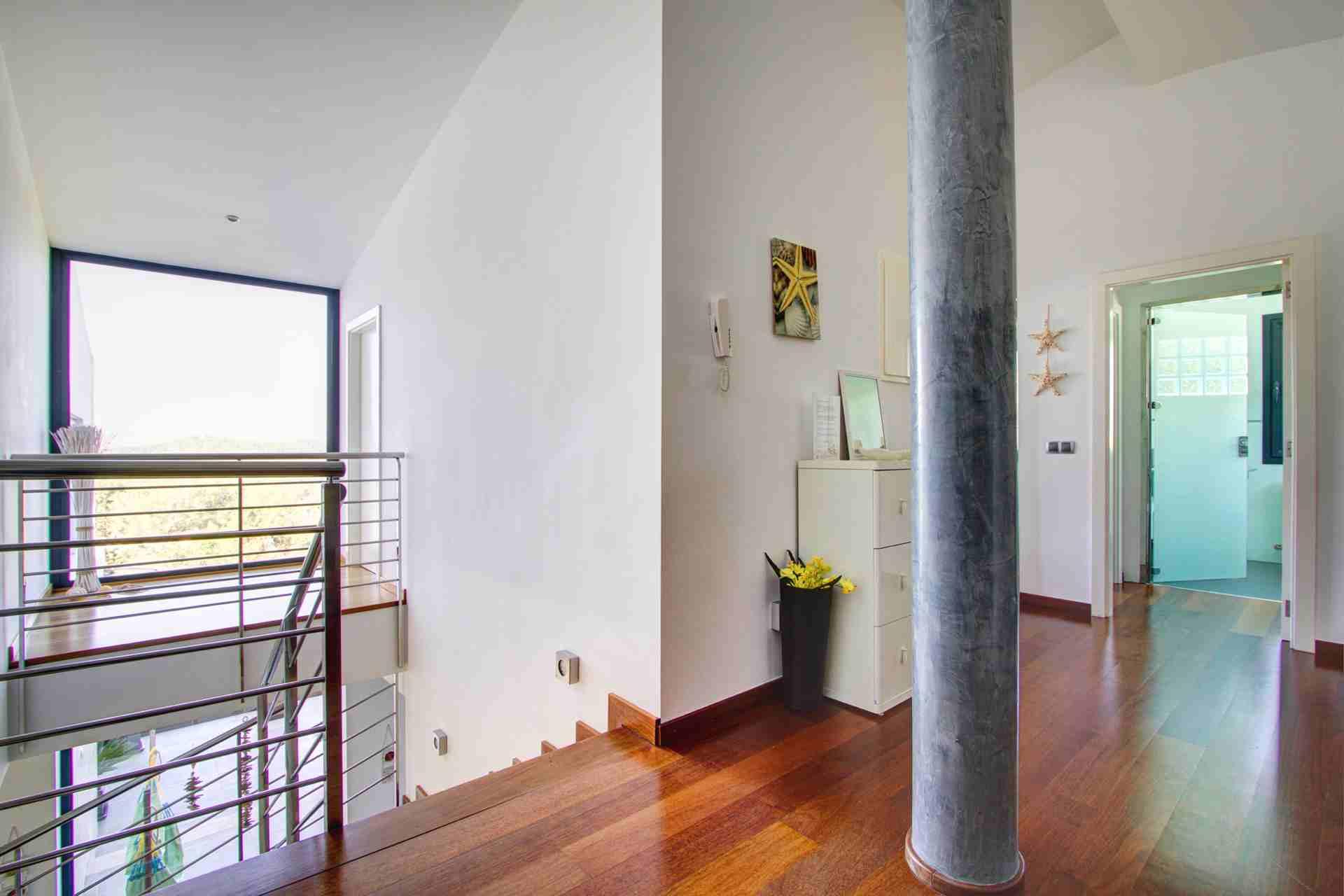 01-108 Modernes Chalet Mallorca Norden Bild 17