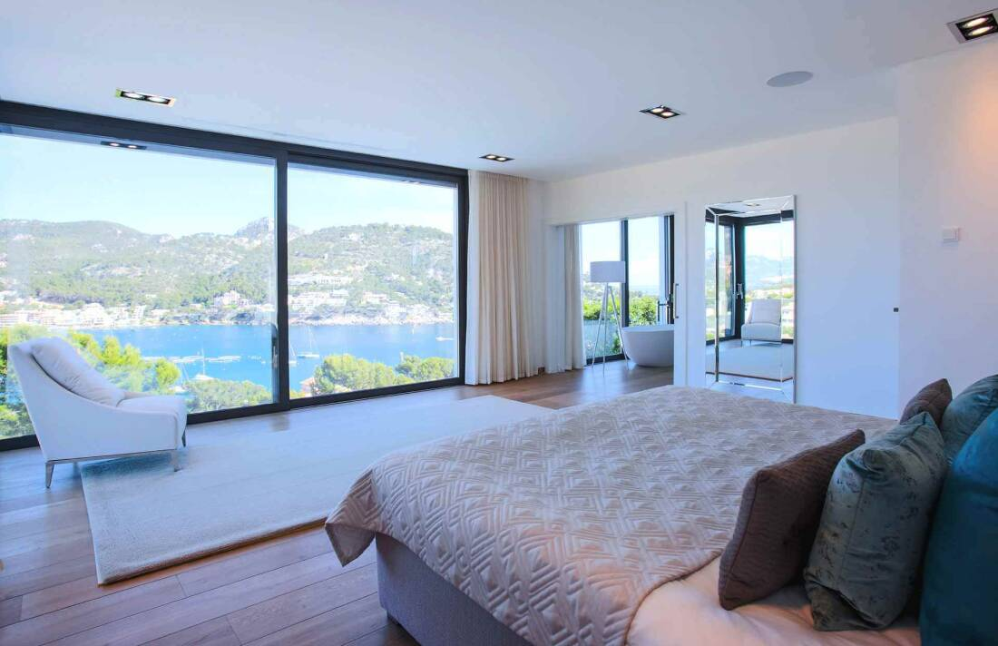 01-353 Villa with indoor pool Mallorca Southwest Bild 17
