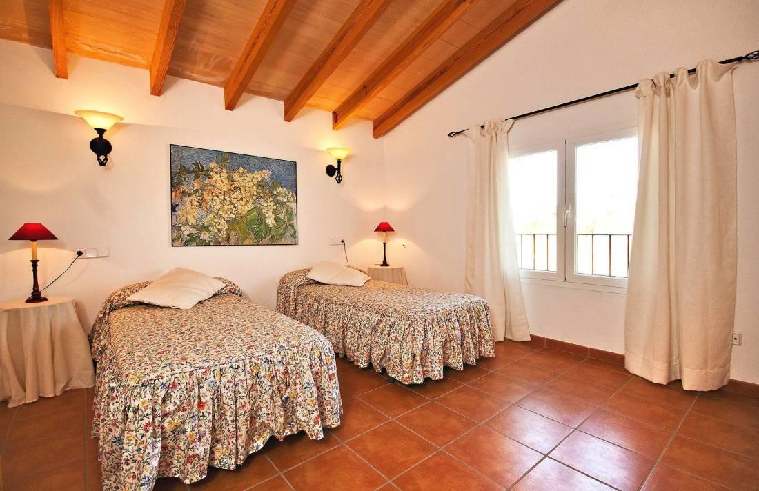 01-213 Moderne Finca Mallorca Norden Bild 20