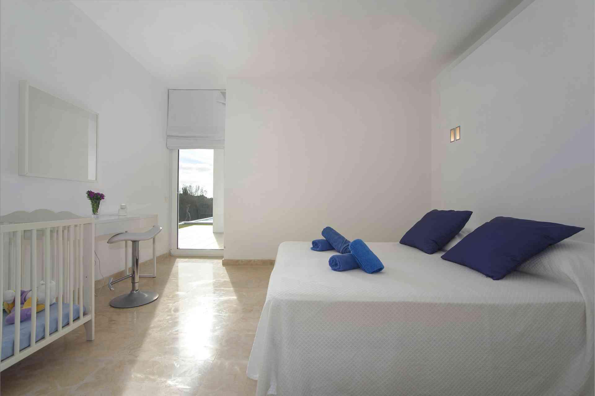 01-156 moderne Meerblick Villa Mallorca Osten Bild 20