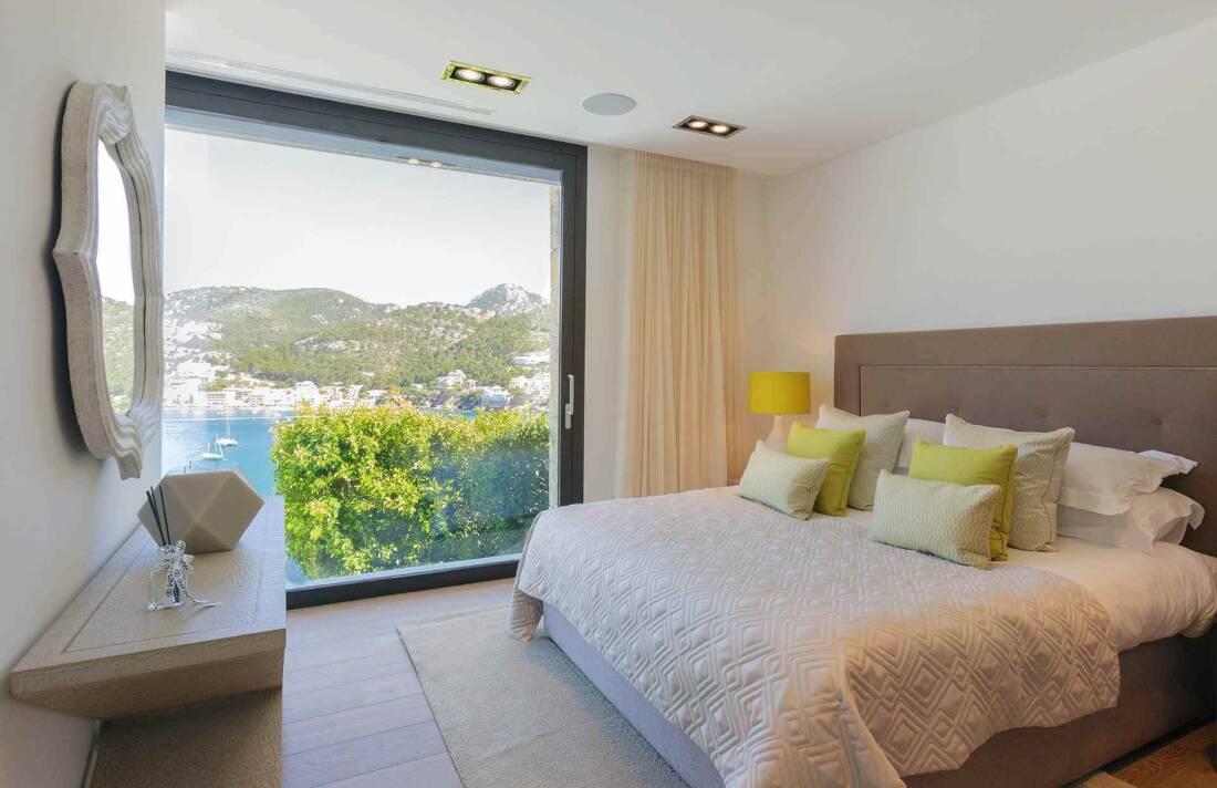 01-353 Villa with indoor pool Mallorca Southwest Bild 20