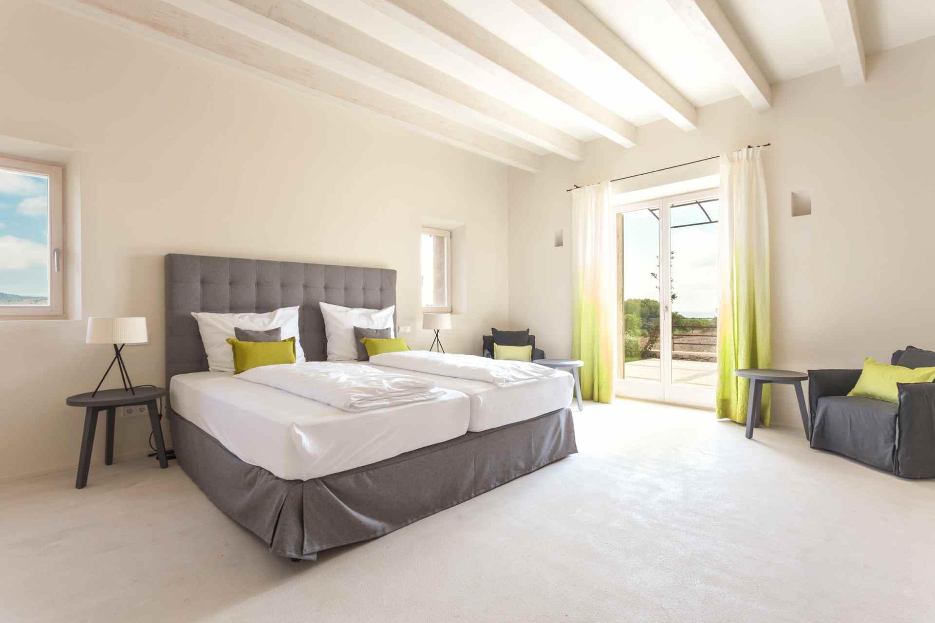 01-306 topmoderne Finca Mallorca Nordosten Bild 20