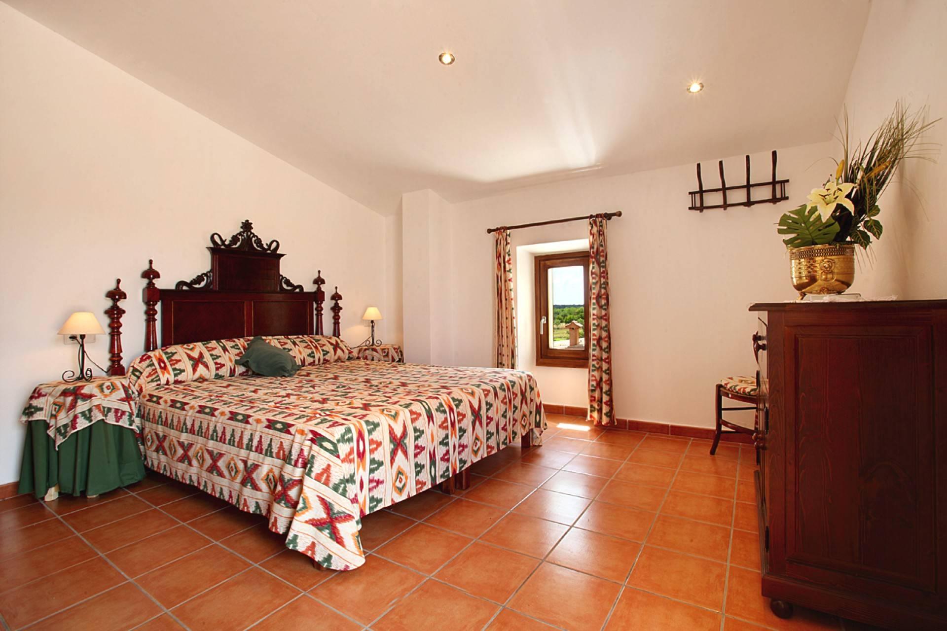 01-142 Rustic farmhouse Mallorca east Bild 18