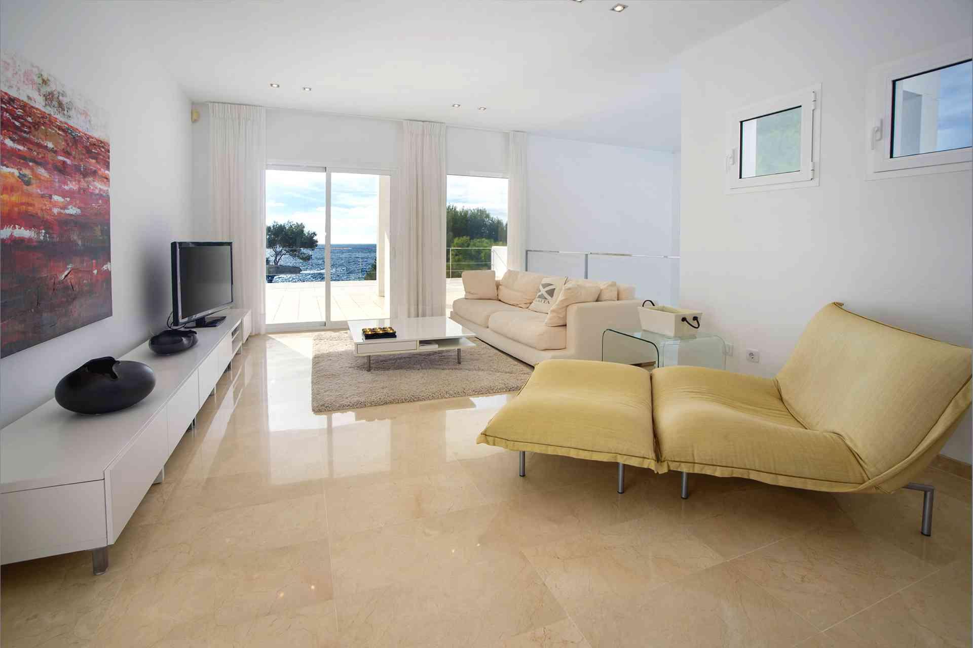 01-156 moderne Meerblick Villa Mallorca Osten Bild 22