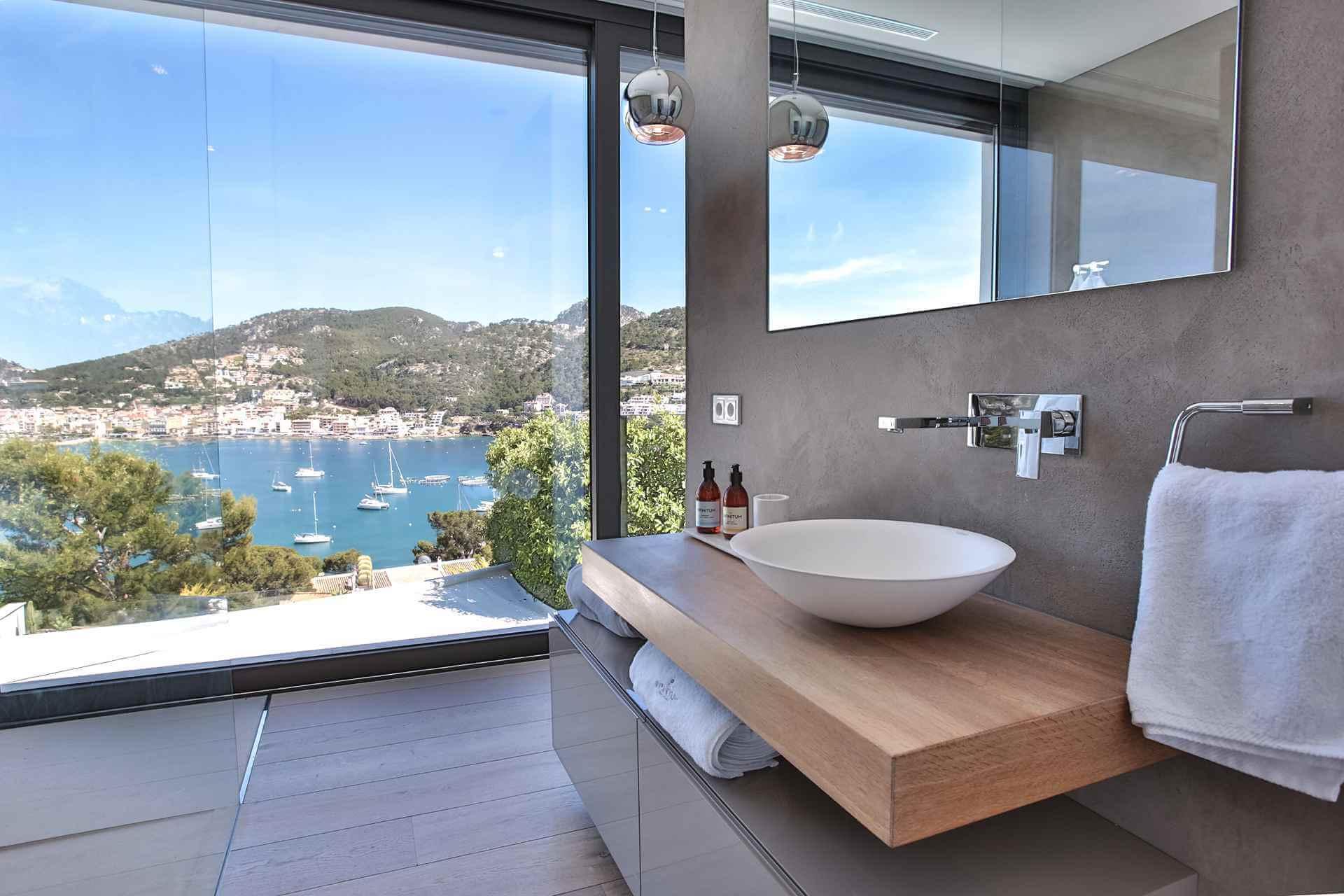 01-353 Villa with indoor pool Mallorca Southwest Bild 22