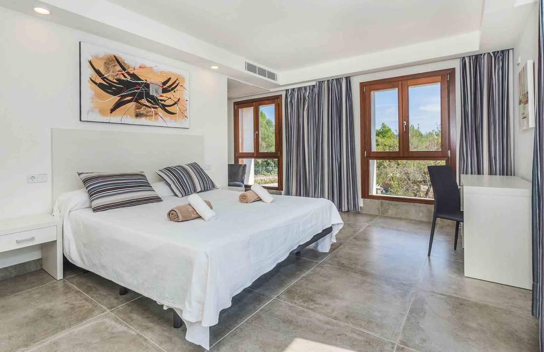 01-155 exklusive Luxus Villa Norden Mallorca Bild 23
