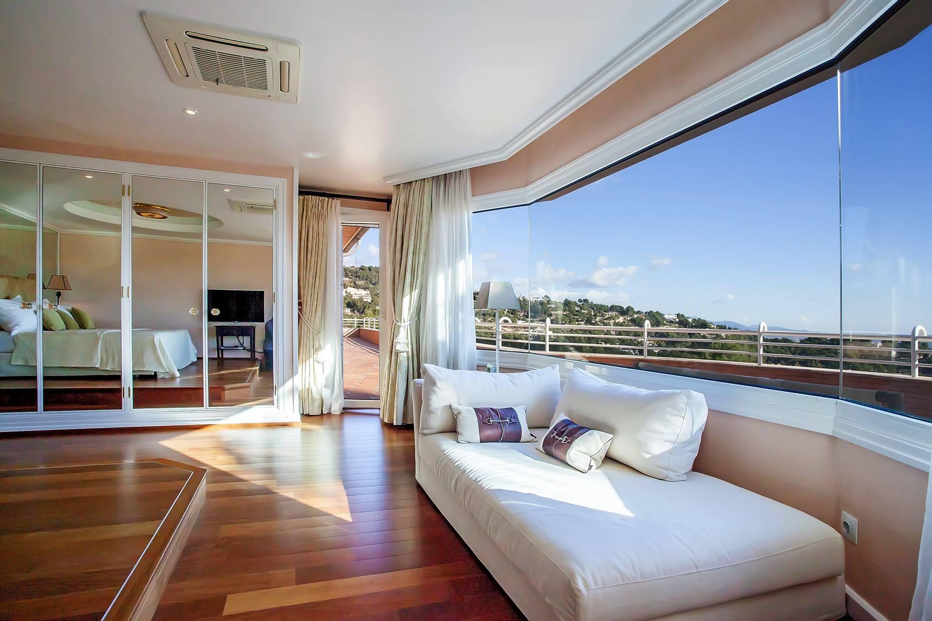 01-251 Extravagante Villa Mallorca Südwesten Bild 21