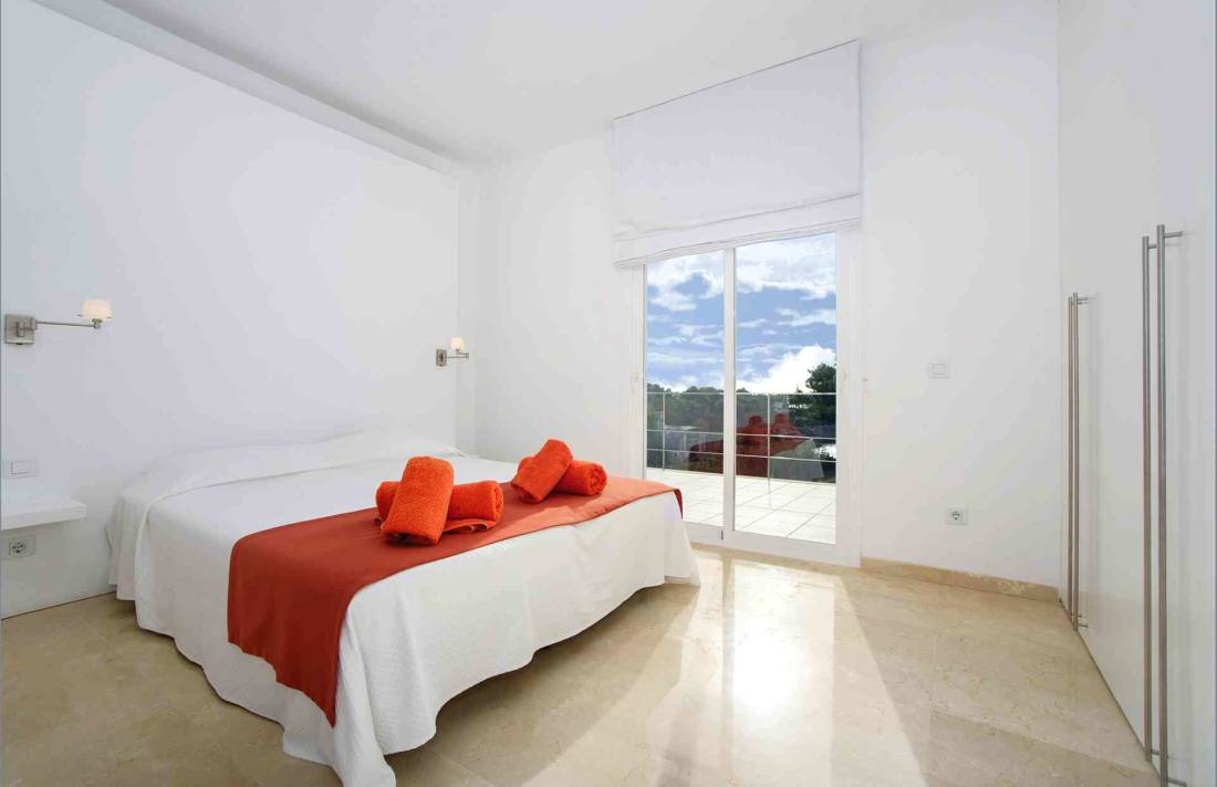 01-156 moderne Meerblick Villa Mallorca Osten Bild 23