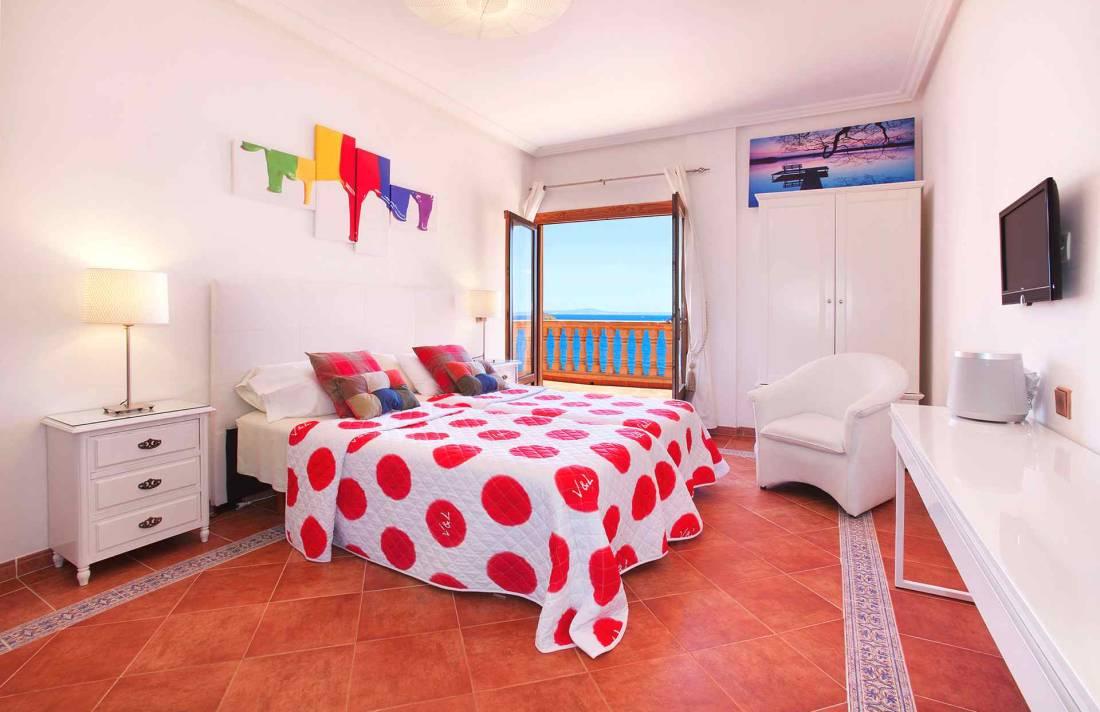 01-23 Villa Mallorca Südwesten mit Meerblick Bild 24