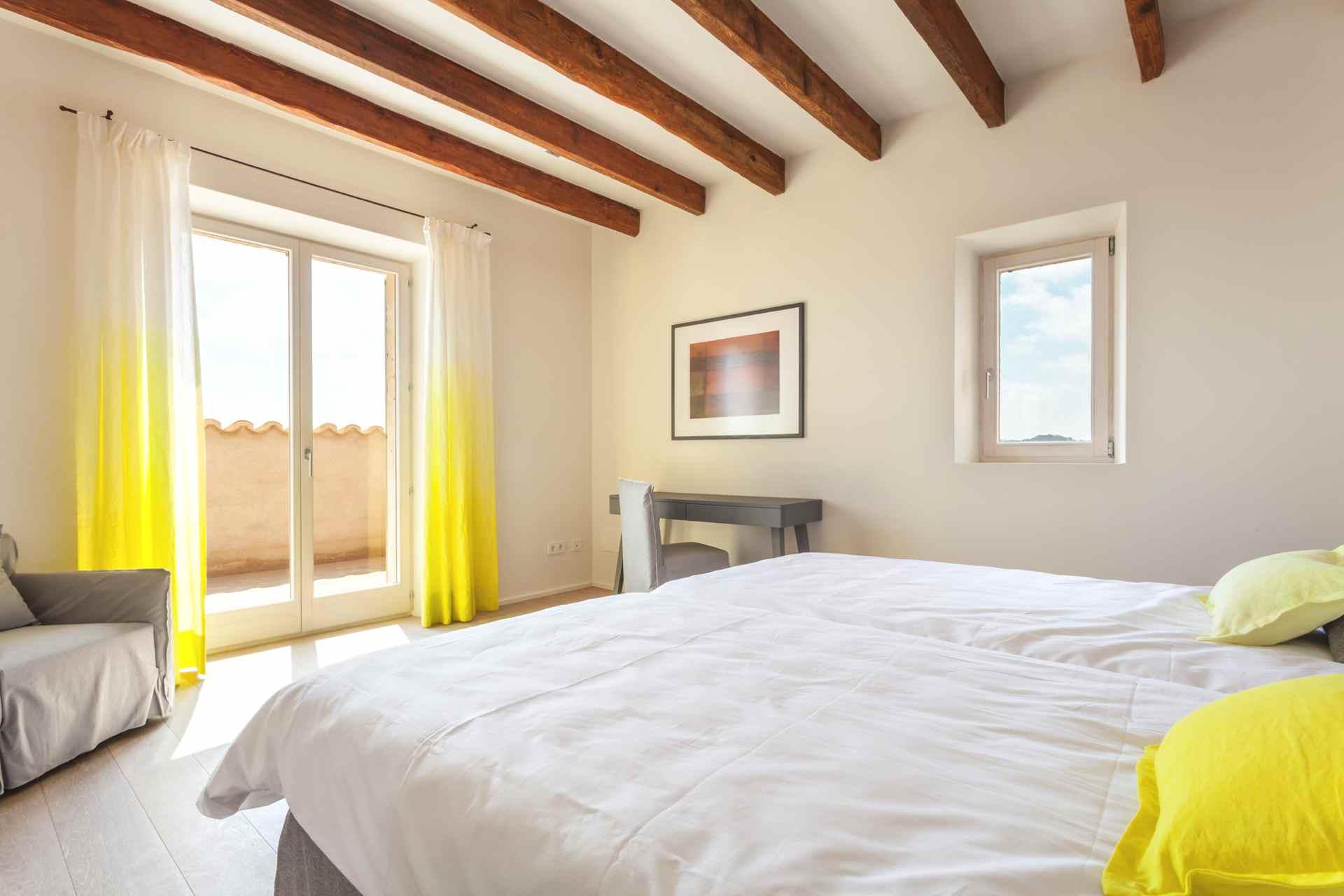 01-306 topmoderne Finca Mallorca Nordosten Bild 24