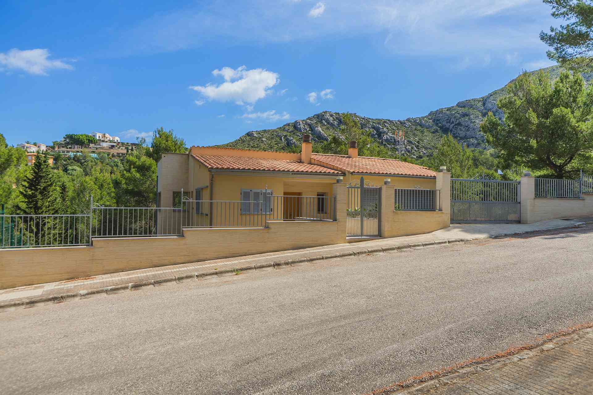 01-294 quiet chalet Mallorca north Bild 25
