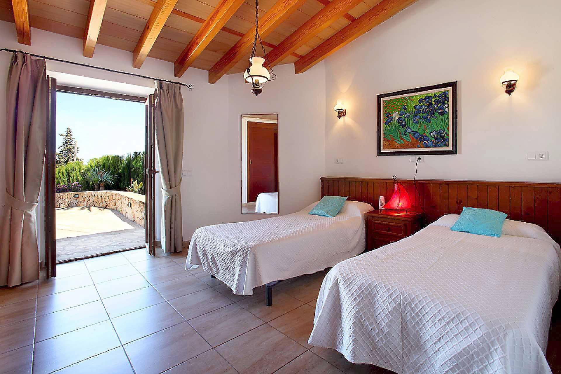 01-33 Spacious holiday home Mallorca East Bild 24