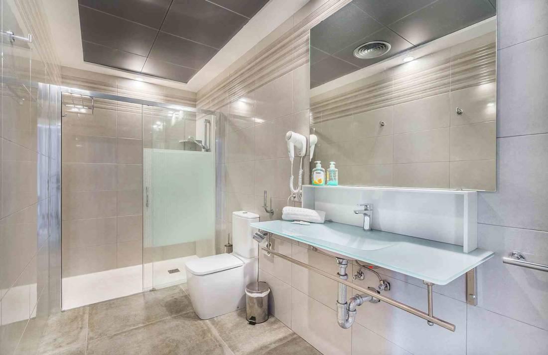01-155 exklusive Luxus Villa Norden Mallorca Bild 25