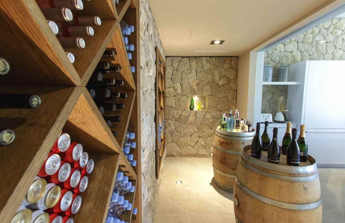 01-353 Villa with indoor pool Mallorca Southwest Bild 25