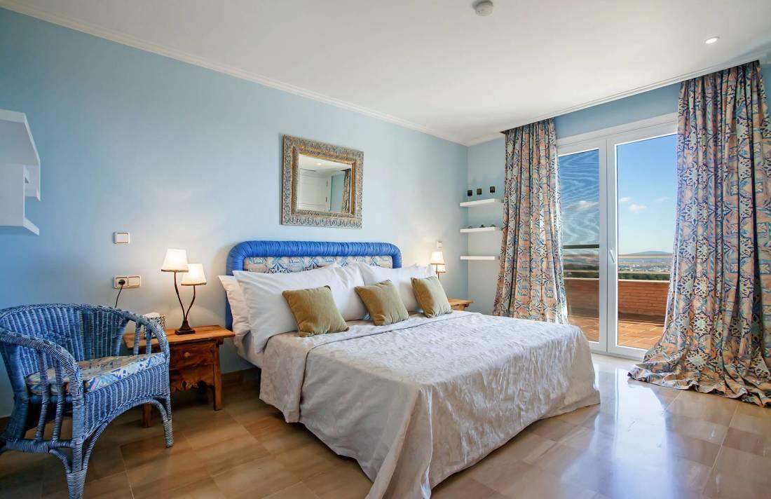 01-251 Extravagante Villa Mallorca Südwesten Bild 24