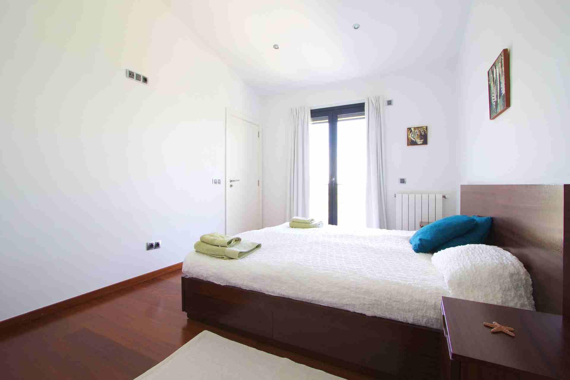 01-108 Modernes Chalet Mallorca Norden Bild 26