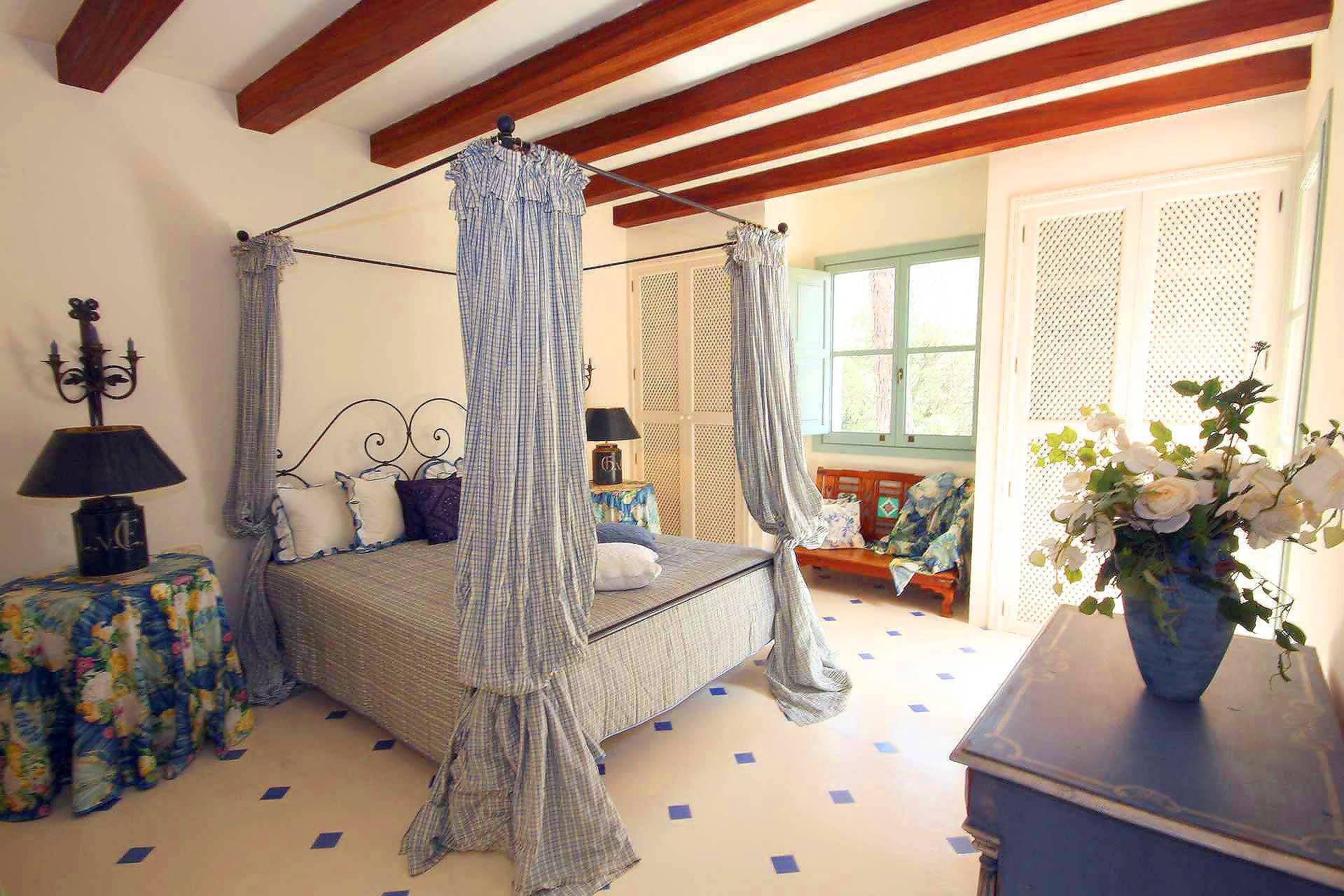 01-98 Extravagantes Ferienhaus Mallorca Osten Bild 26