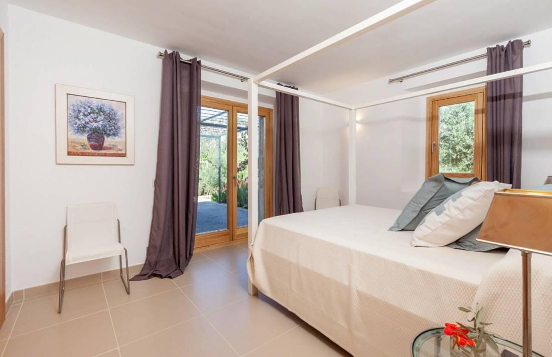 01-252 Moderne Finca Mallorca Norden Bild 23