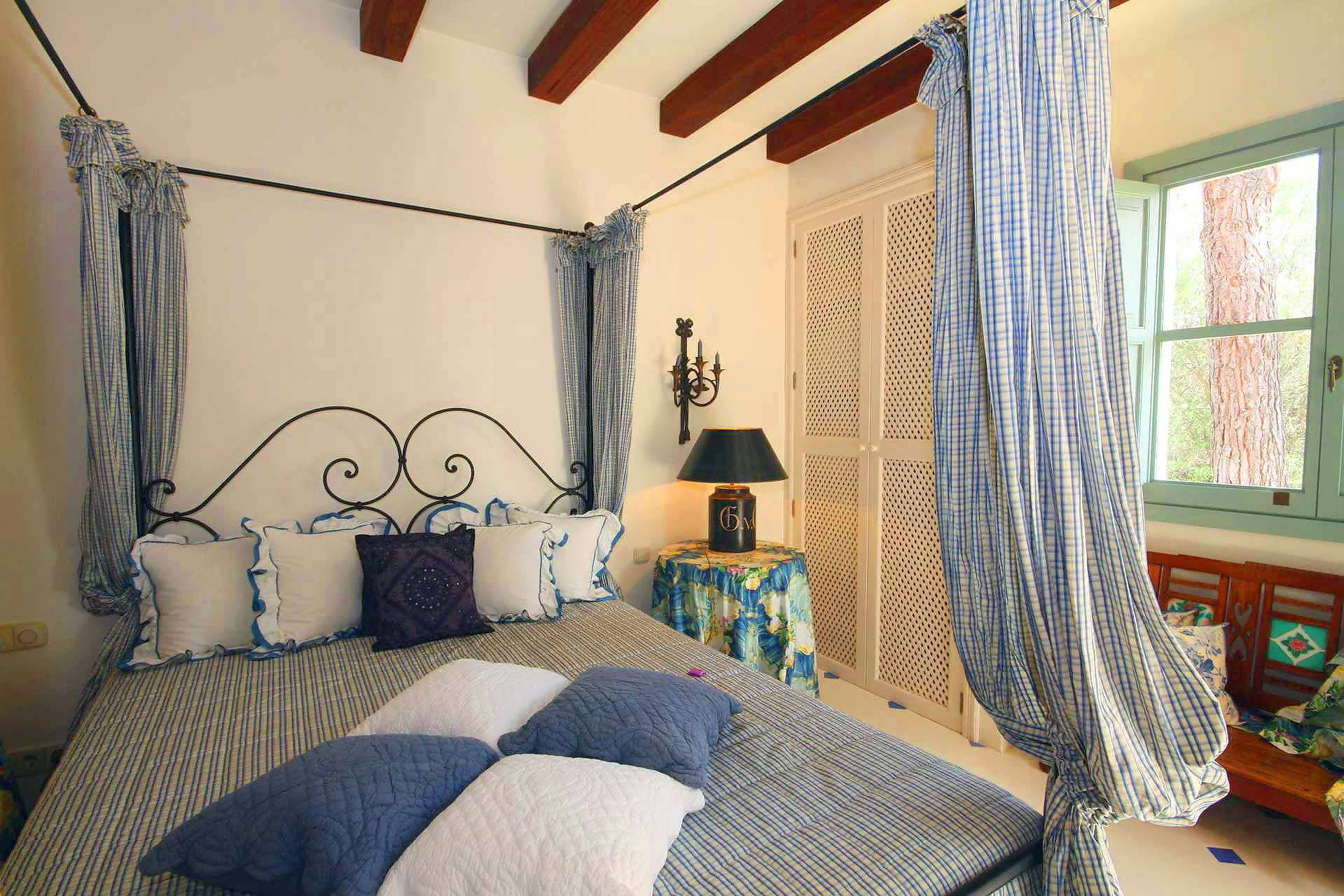 01-98 Extravagantes Ferienhaus Mallorca Osten Bild 27