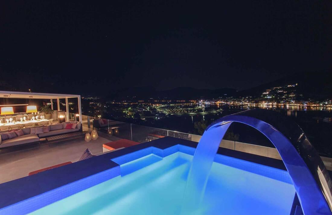 01-353 Villa with indoor pool Mallorca Southwest Bild 28