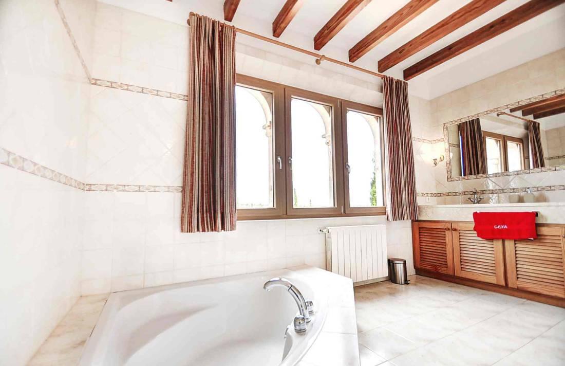 01-319 riesige luxus Finca Mallorca Osten Bild 31