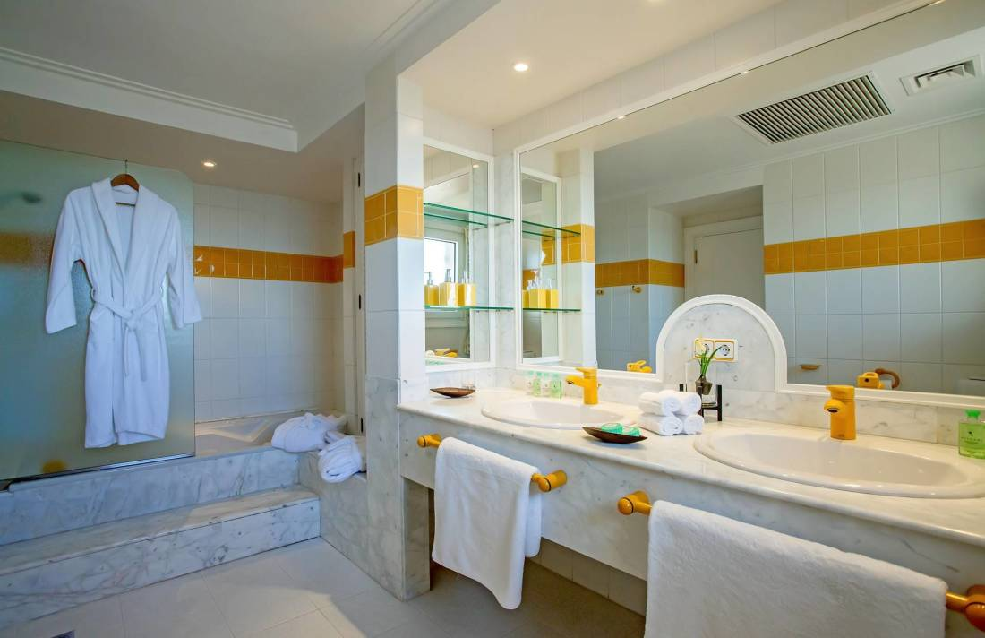 01-251 Extravagante Villa Mallorca Südwesten Bild 29
