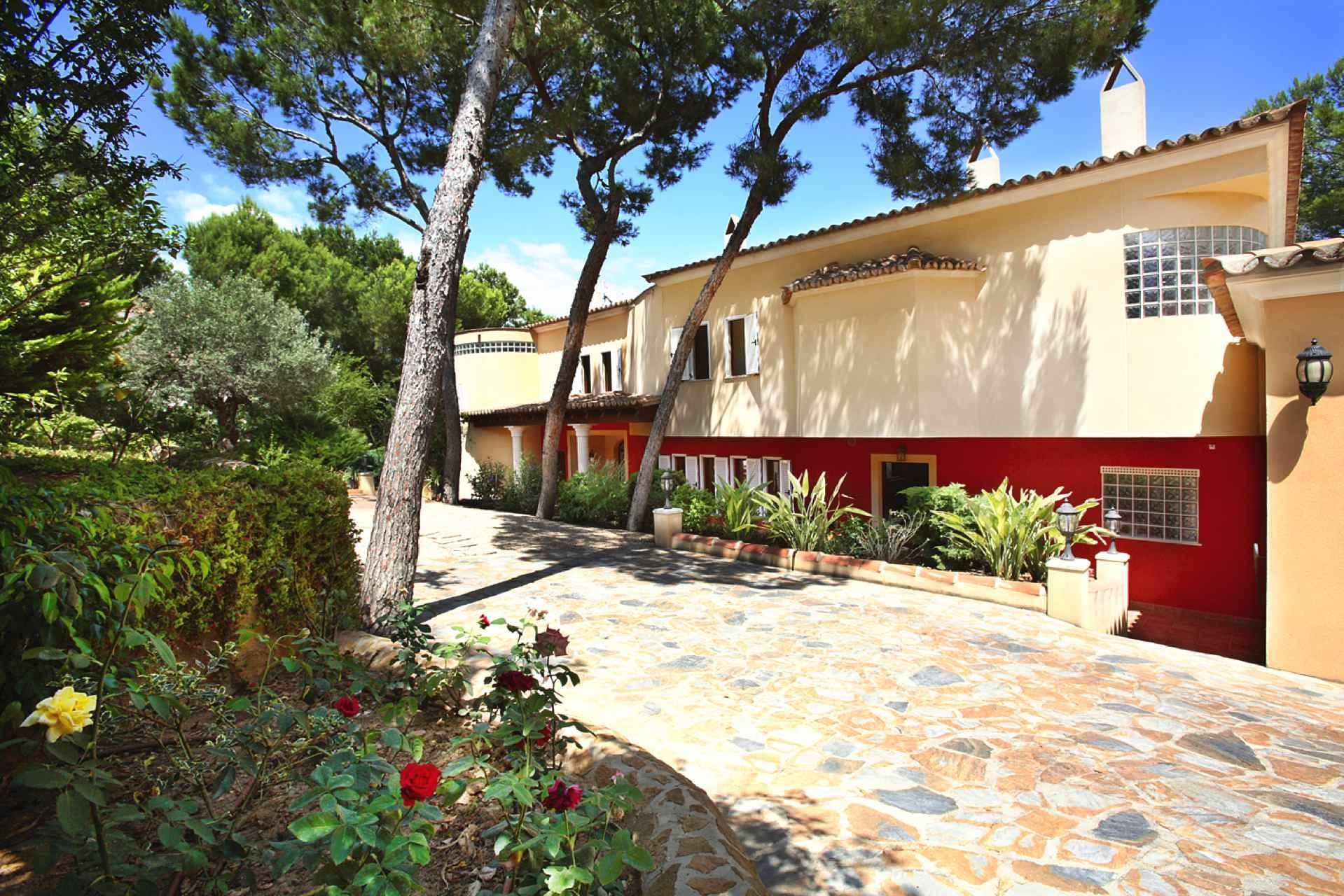 Luxus schlafzimmer mit meerblick  Villa Mallorca Südwesten mit Meerblick in Cala Vinyes | Luxus ...