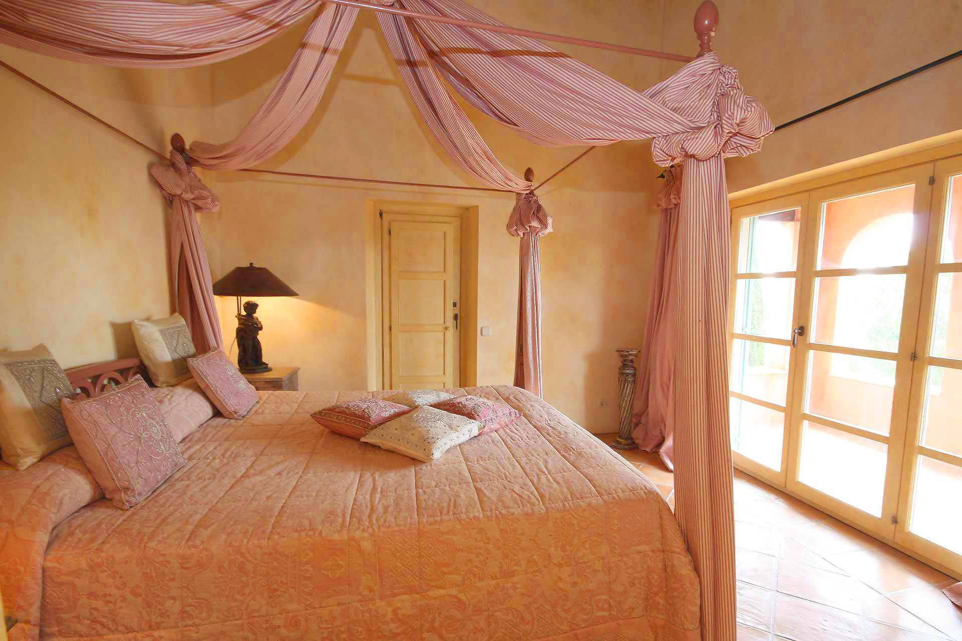 01-98 Extravagantes Ferienhaus Mallorca Osten Bild 33