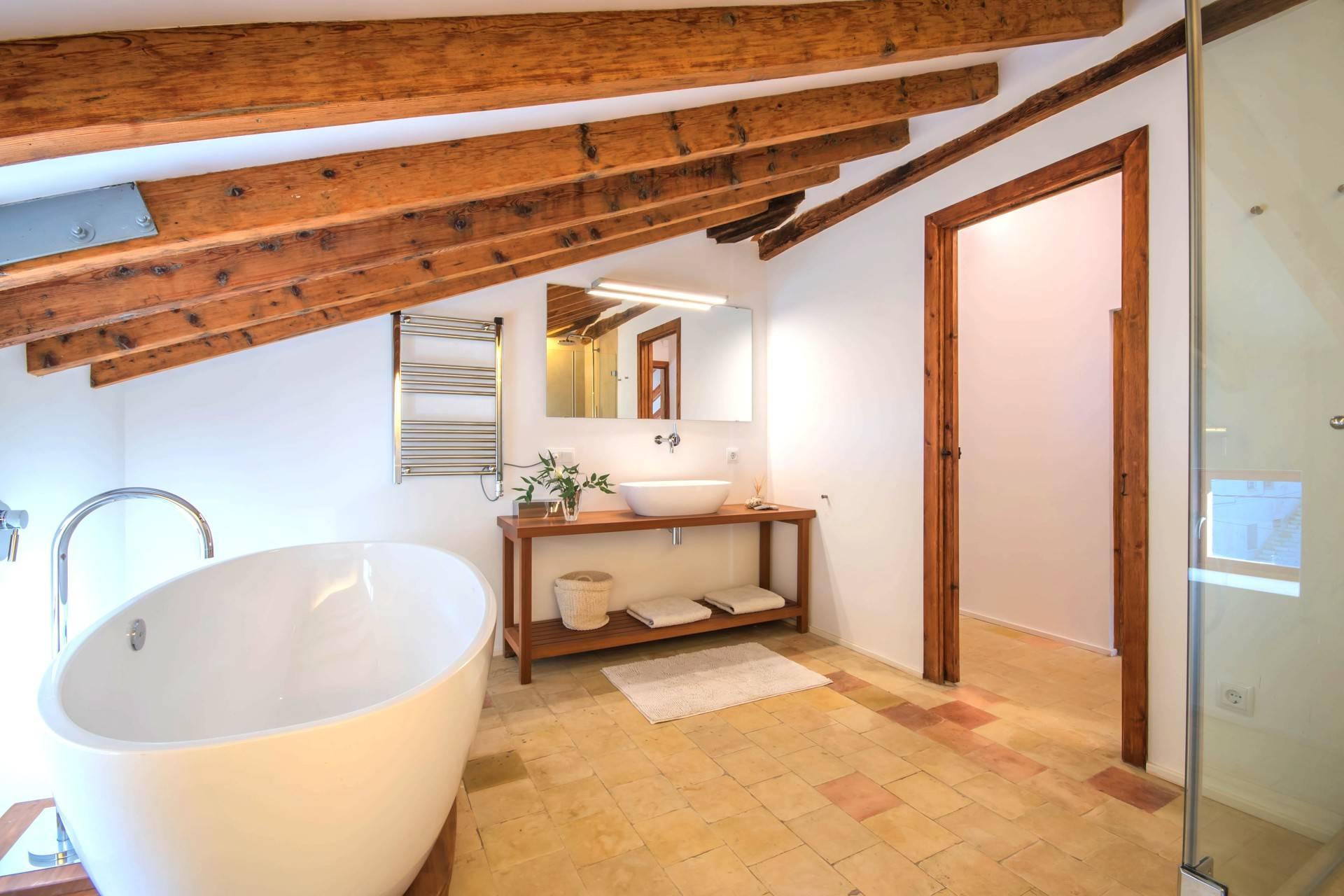 01-257 Luxus Ferienhaus Mallorca Südwesten Bild 24