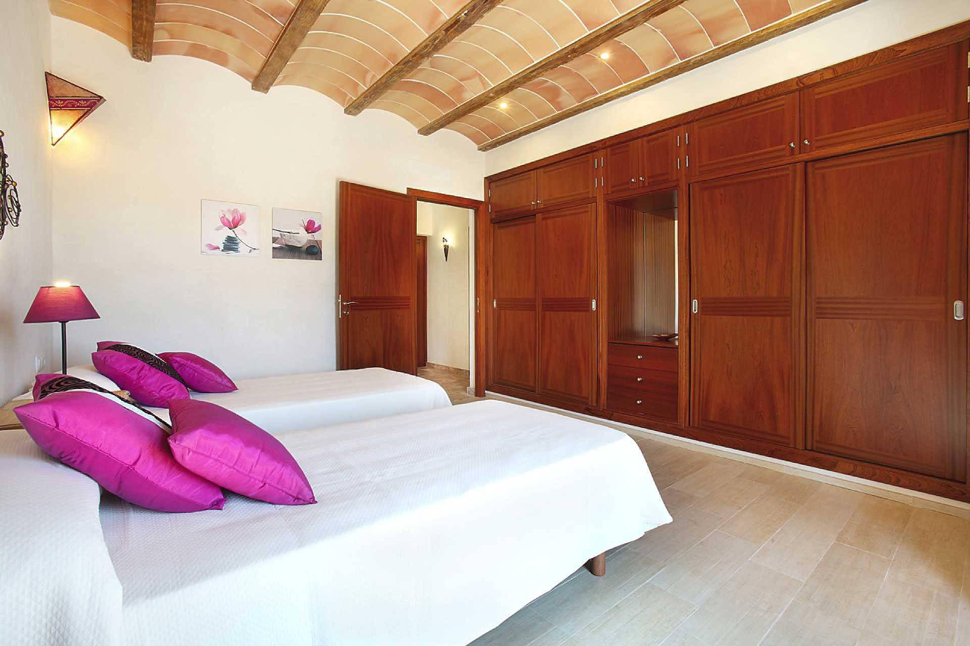 01-45 Exclusive Finca Mallorca East Bild 40