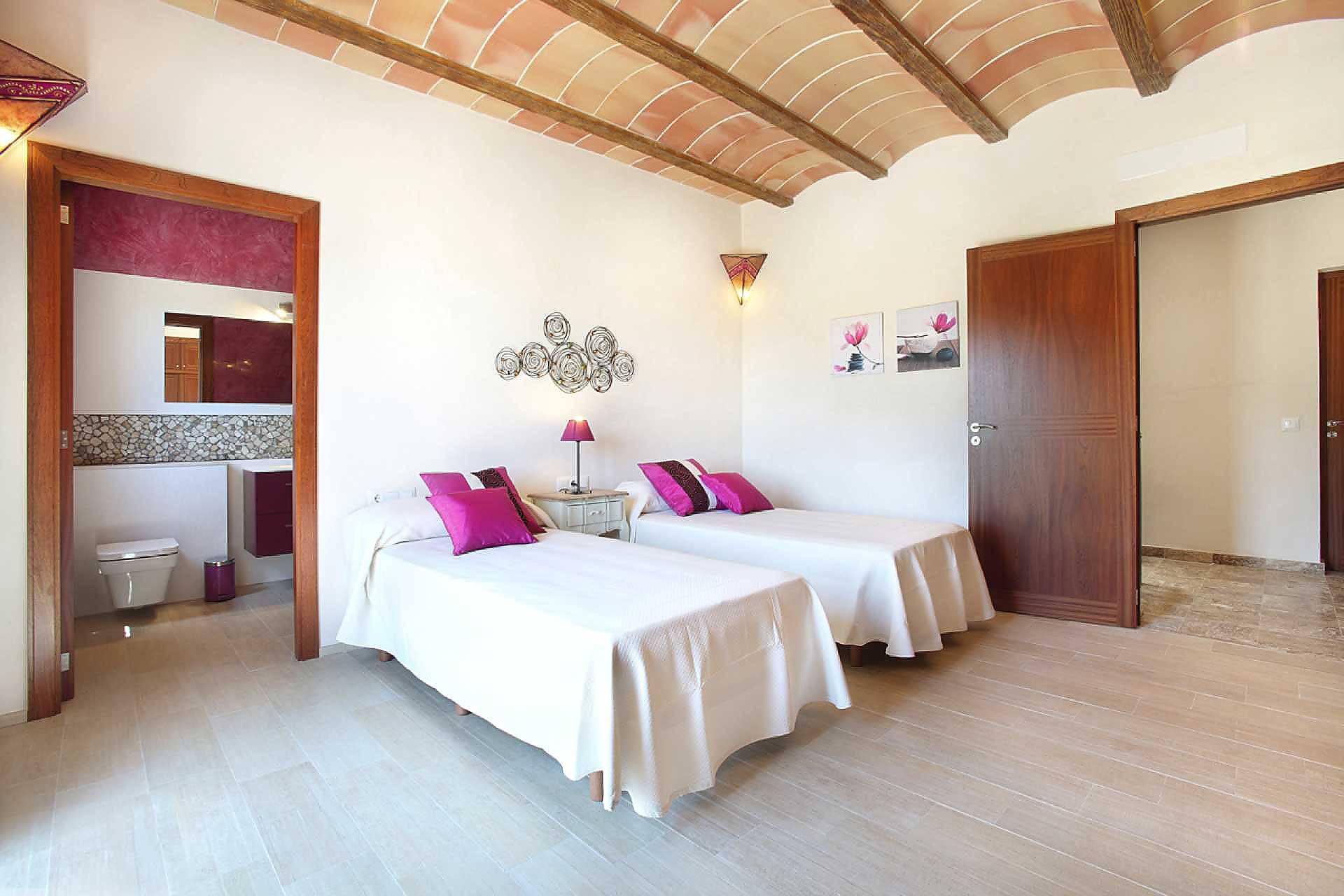 01-45 Exklusive Finca Mallorca Osten Bild 41