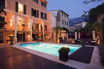 01-72 Luxus Villa Mallorca Westen