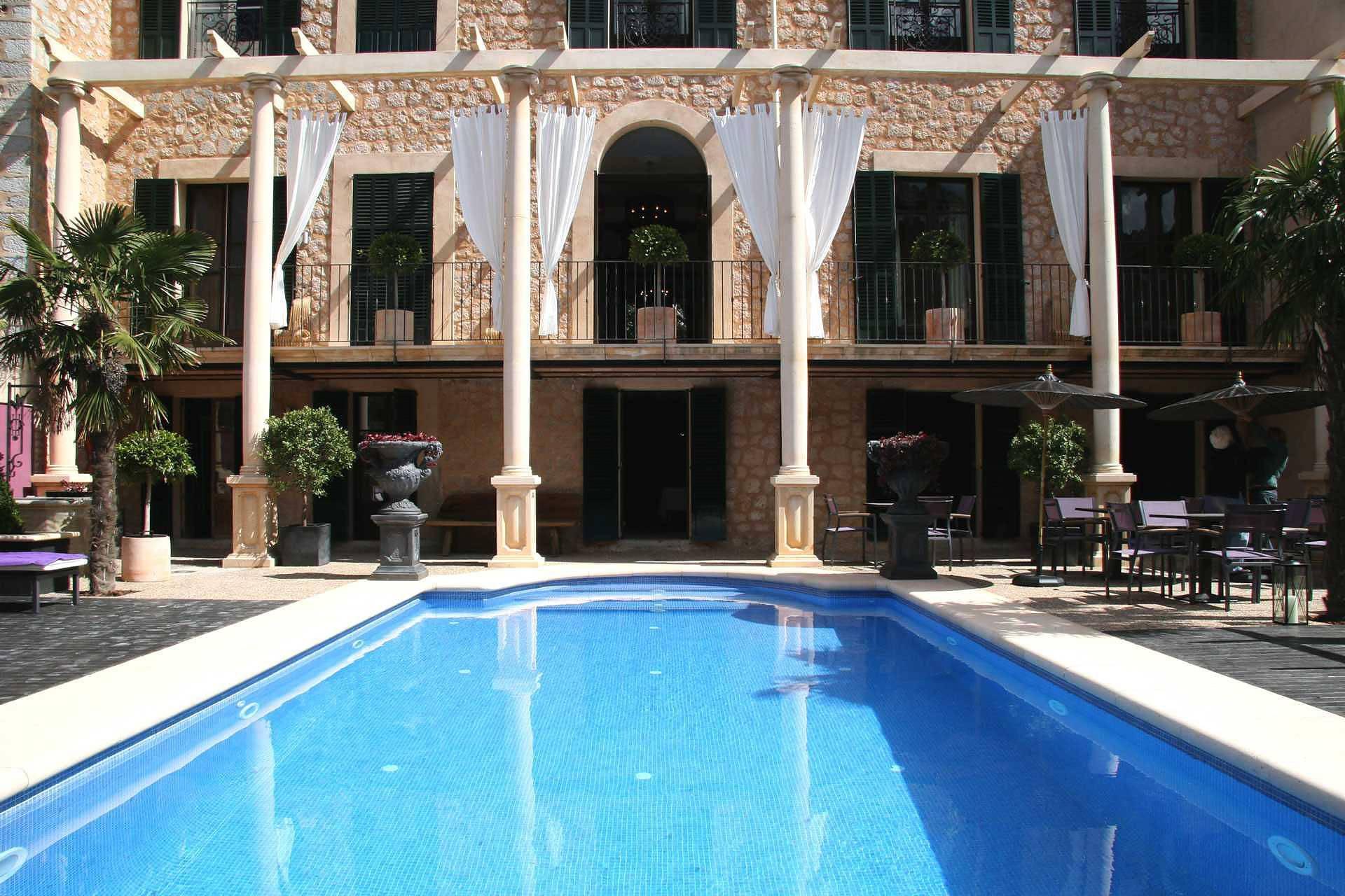 01-72 Luxus Villa Mallorca Westen Bild 4