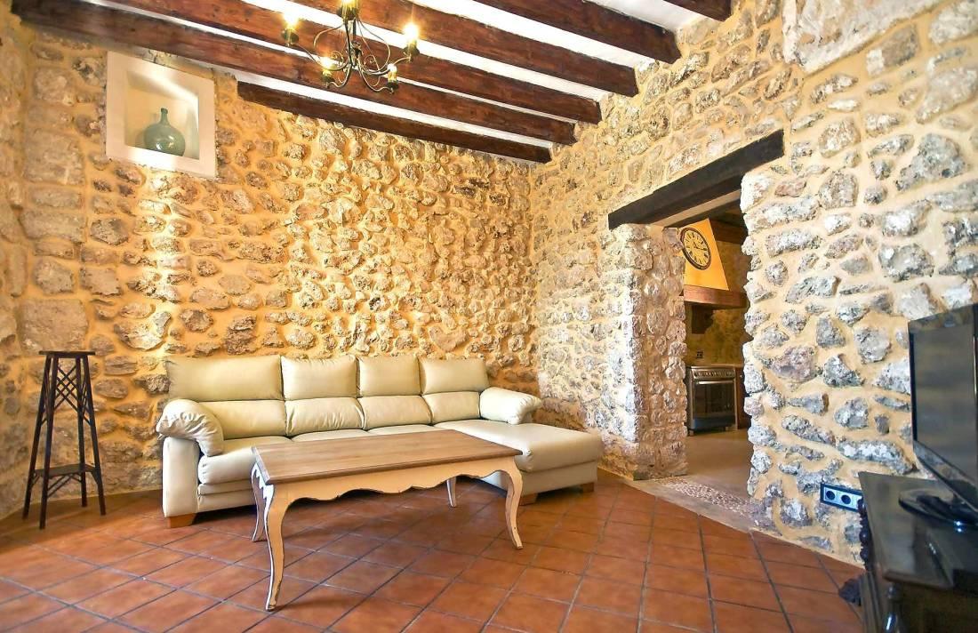 01-83 ländliches Stadthaus Mallorca Norden Bild 16