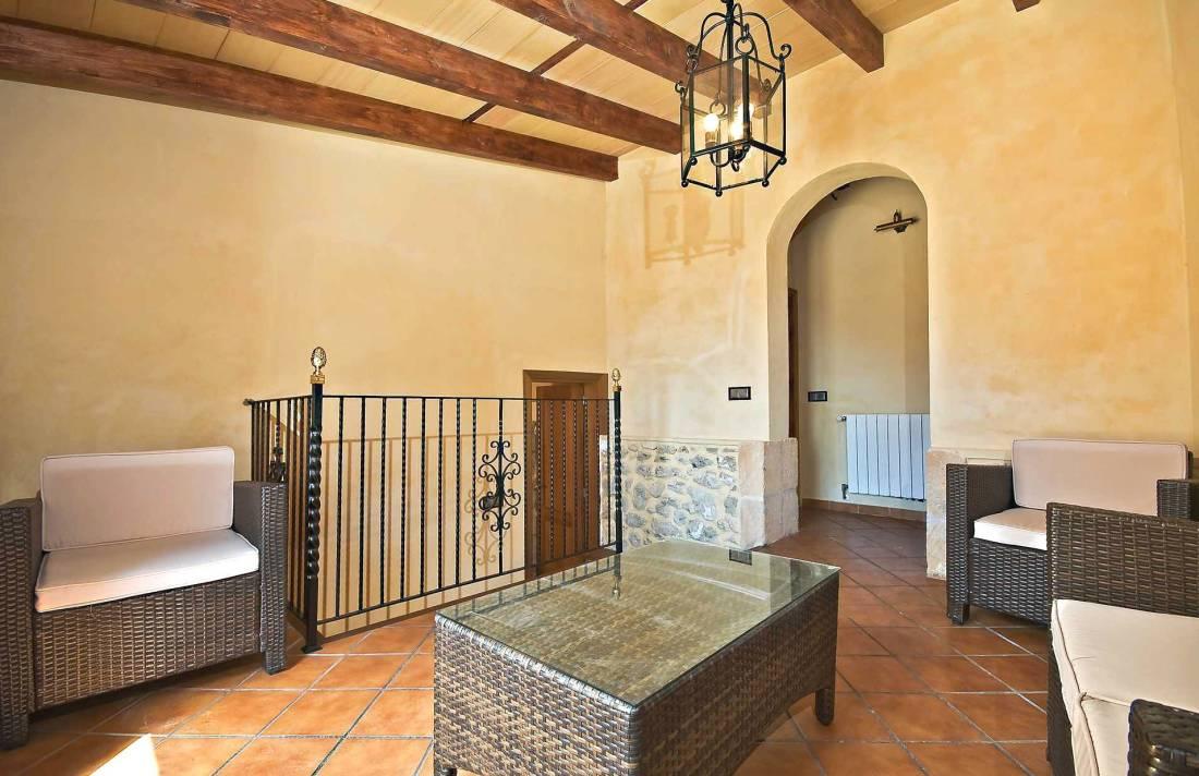 01-83 ländliches Stadthaus Mallorca Norden Bild 42