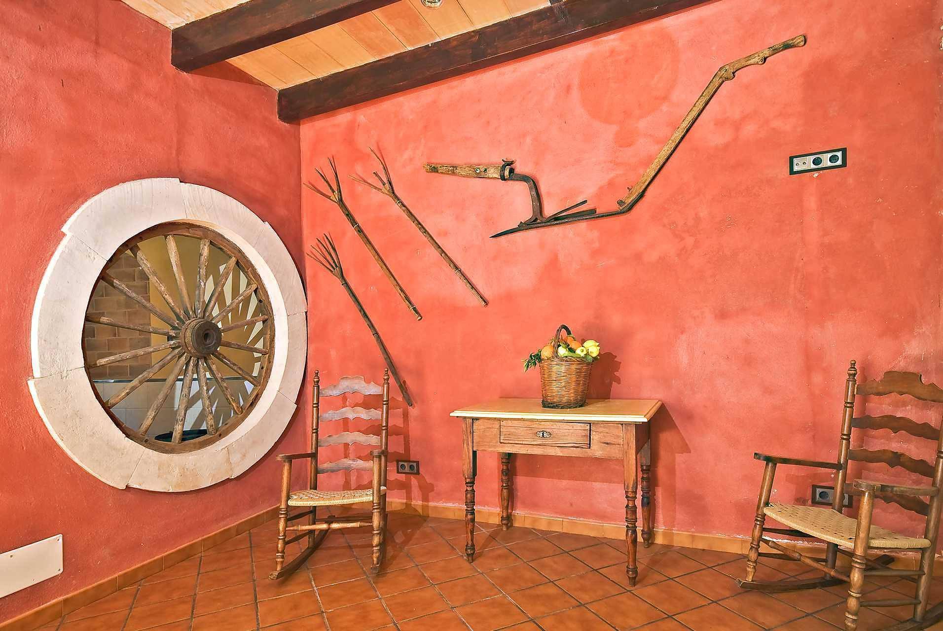 01-83 ländliches Stadthaus Mallorca Norden Bild 43